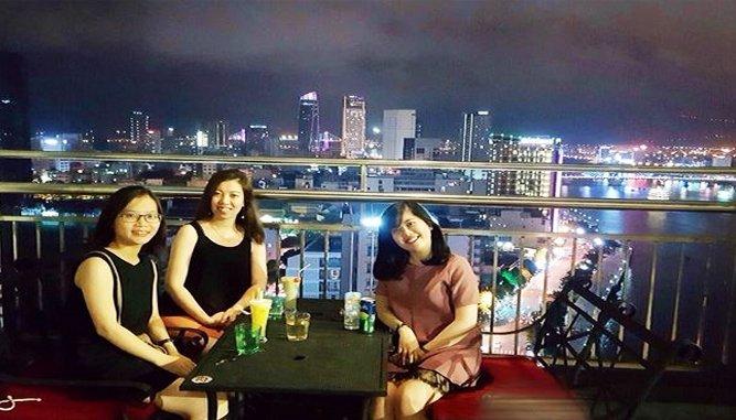 cafe ngắm toàn cảnh Đà Nẵng từ trên cao