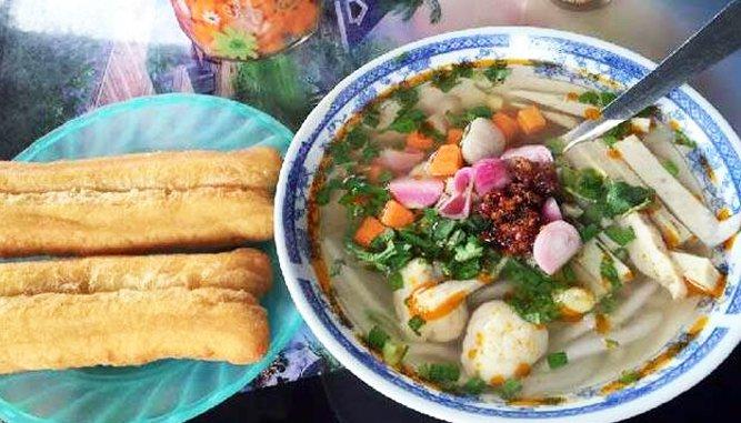 quán Bánh canh ngon tại Đà Nẵng nổi tiếng.