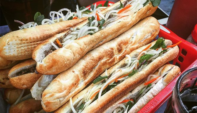 Bánh mì Đà Nẵng thơm ngon, bổ dưỡng.