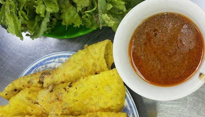 """Bánh xèo Bà Dưỡng Đà Nẵng """"hút"""" khách."""