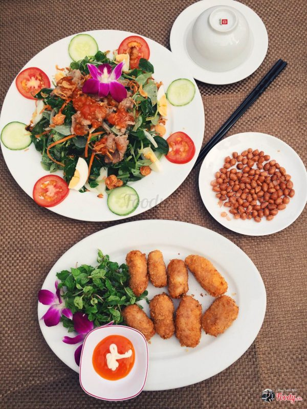 A Việt Seafood Restaurant