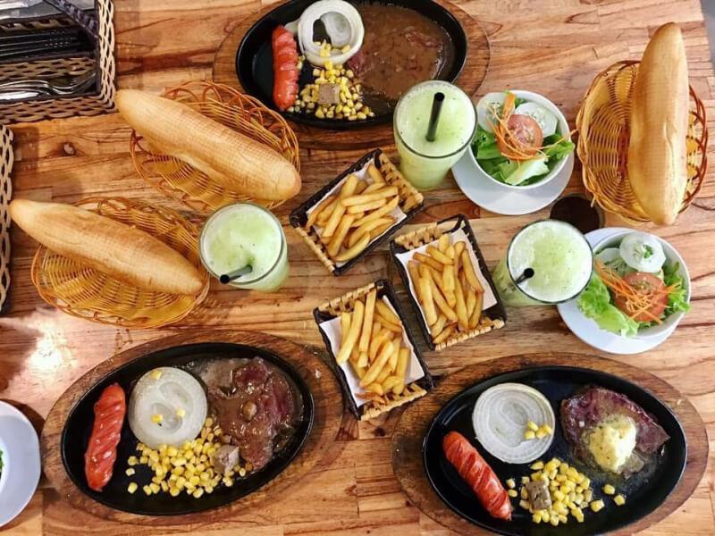 Quán bánh mỳ ốp la ở Đà Nẵng