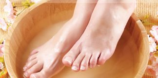 Kem dưỡng da chân