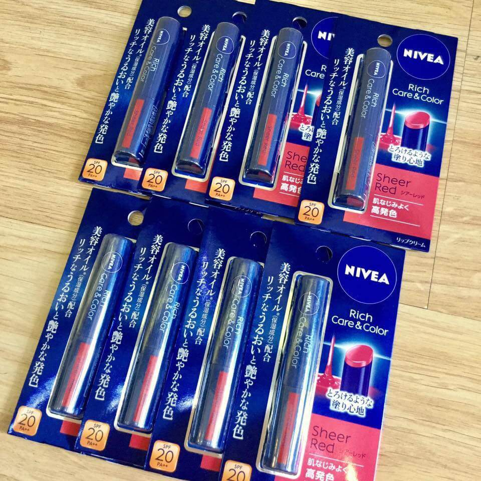 Son Dưỡng Nivea Rich Care & Color