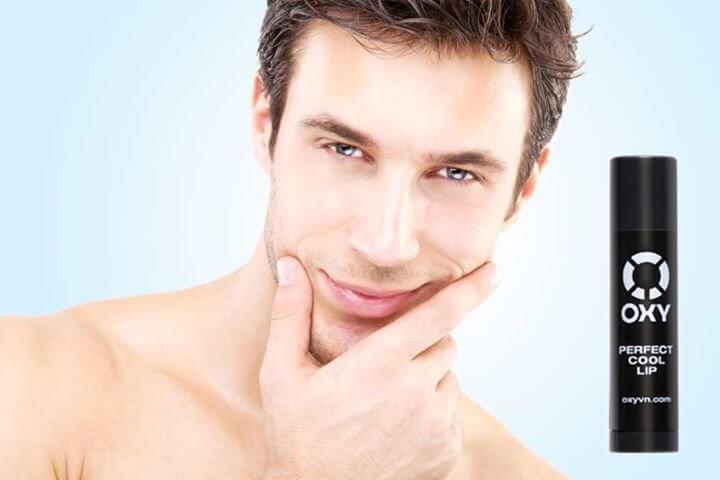 son dưỡng môi cho nam