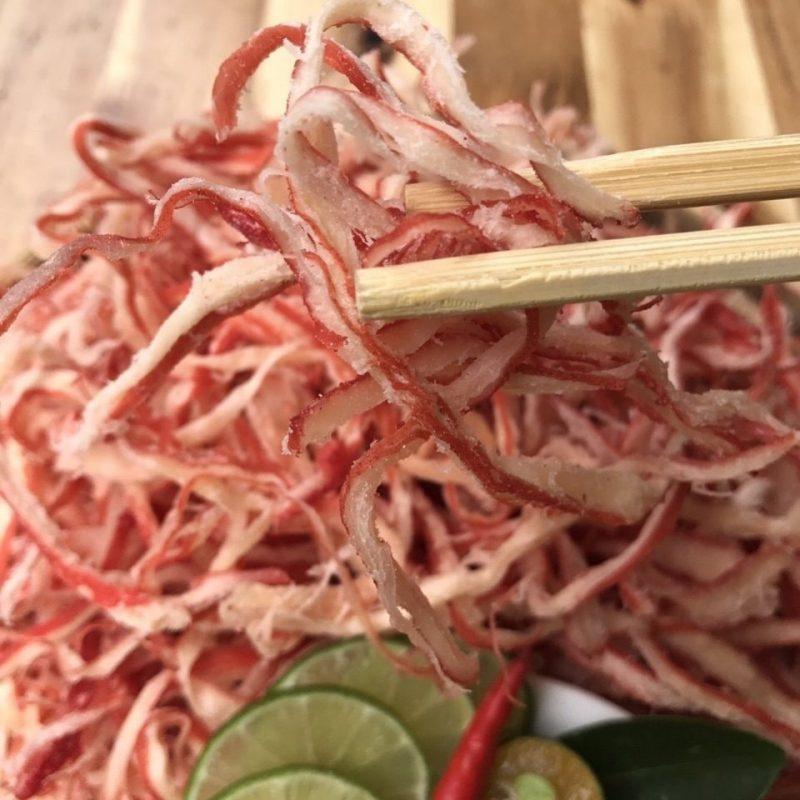 Mực hấp nước dừa xé sợi Đà Nẵng