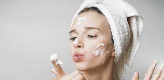 sữa rửa mặt cho da dầu múnu